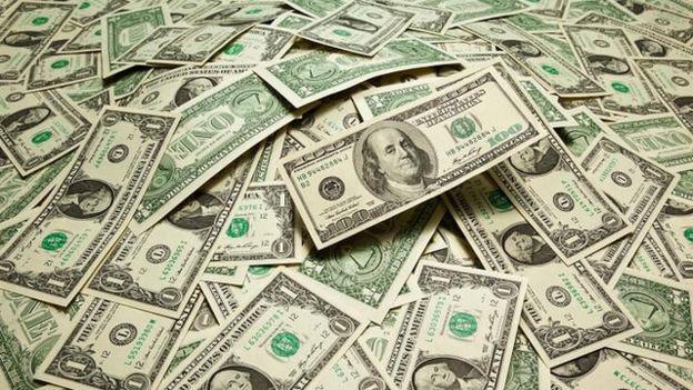 جلوگیری از خروج ۱۸ هزار دلار از کشور توسط مرزبانان خوزستان