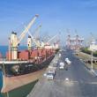 ۶۸ هزار تن شکر خام در بندرامام انبار شد/کشتی حامل ۴۵ هزار تن برنج در بندرامام پهلوگیری کرد